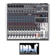 Console de mixage : 18 entrées